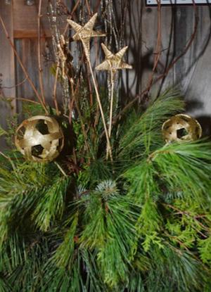 fresh urn decorations